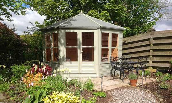 Gillies & Mackay Deuchny summerhouse