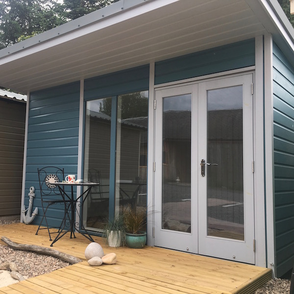 Gillies and mackay let 39 s make the best sheds in the world for Flat pack garden room